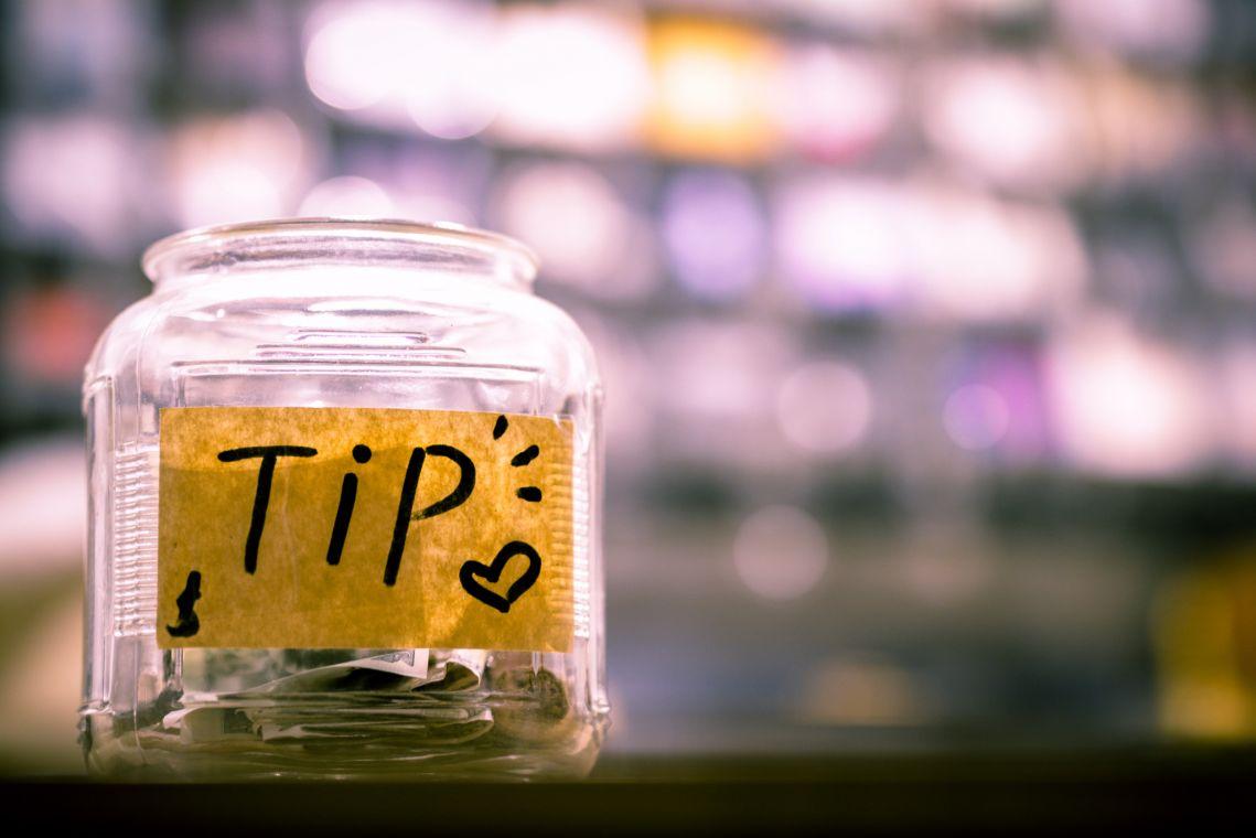 Tip glass jar
