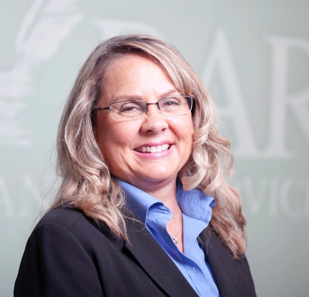 Debbie Rousch Headshot